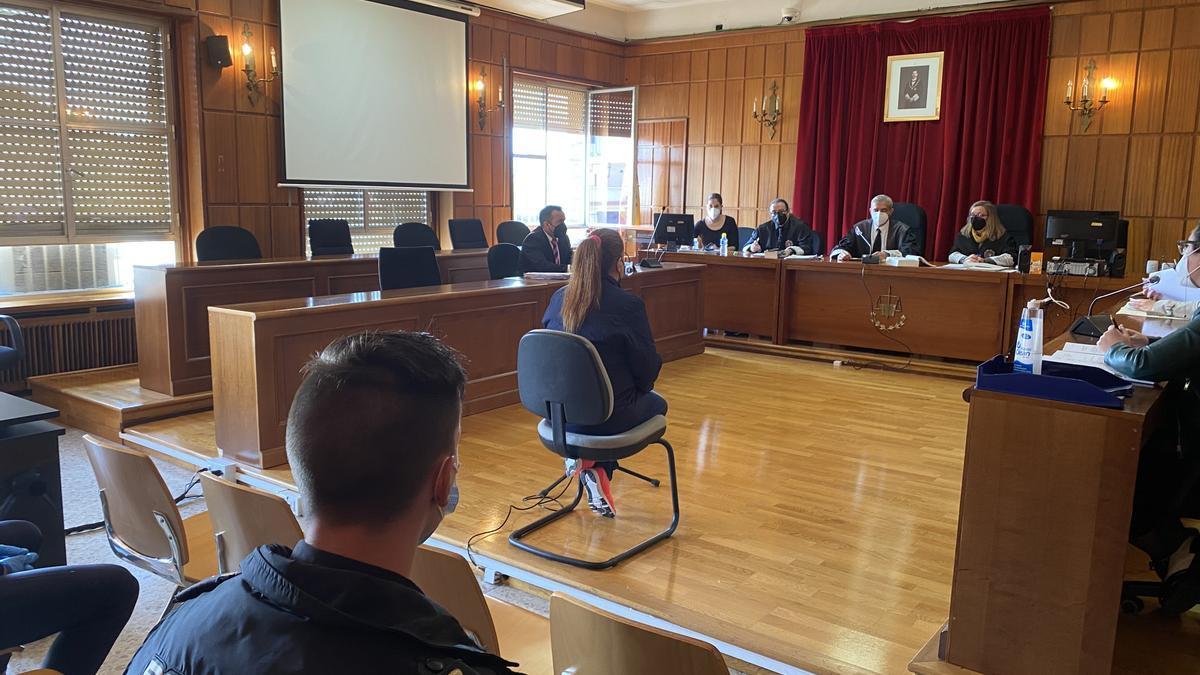 La procesada por el acuchillamiento en El Palmar, en la vista en la Audiencia Provincial de Murcia
