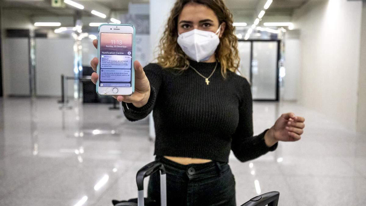 Los códigos QR y los mensajes de los móviles se sustituirán por una aplicación que incorporará el pasaporte sanitario con la vacunación de la covid-19
