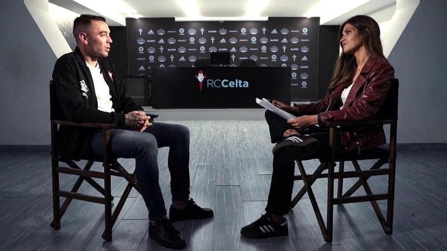 """Sara Carbonero entrevista en Vigo a Iago Aspas: """"¿Cuál es tu sueño?"""""""