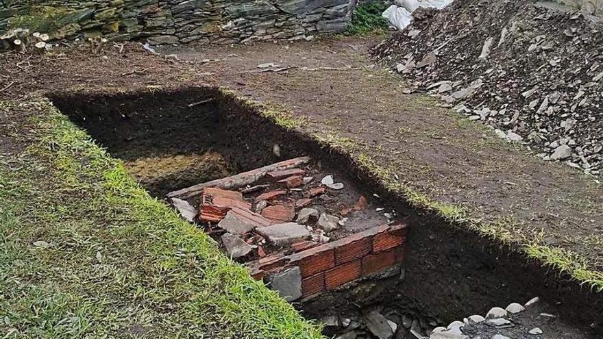 Los arqueólogos destacan la singularidad de la planificación en la fortificación de Luarca