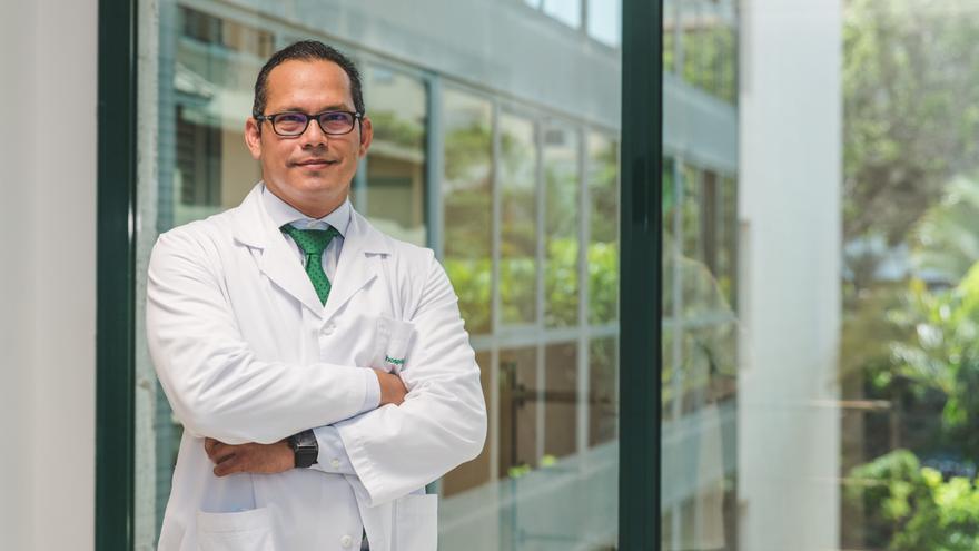 Hospiten incorpora como jefe de Urología en Tenerife al Dr. Pedro Cabrera Castillo, reconocido especialista en urología oncológica y cirugía mínimamente invasiva