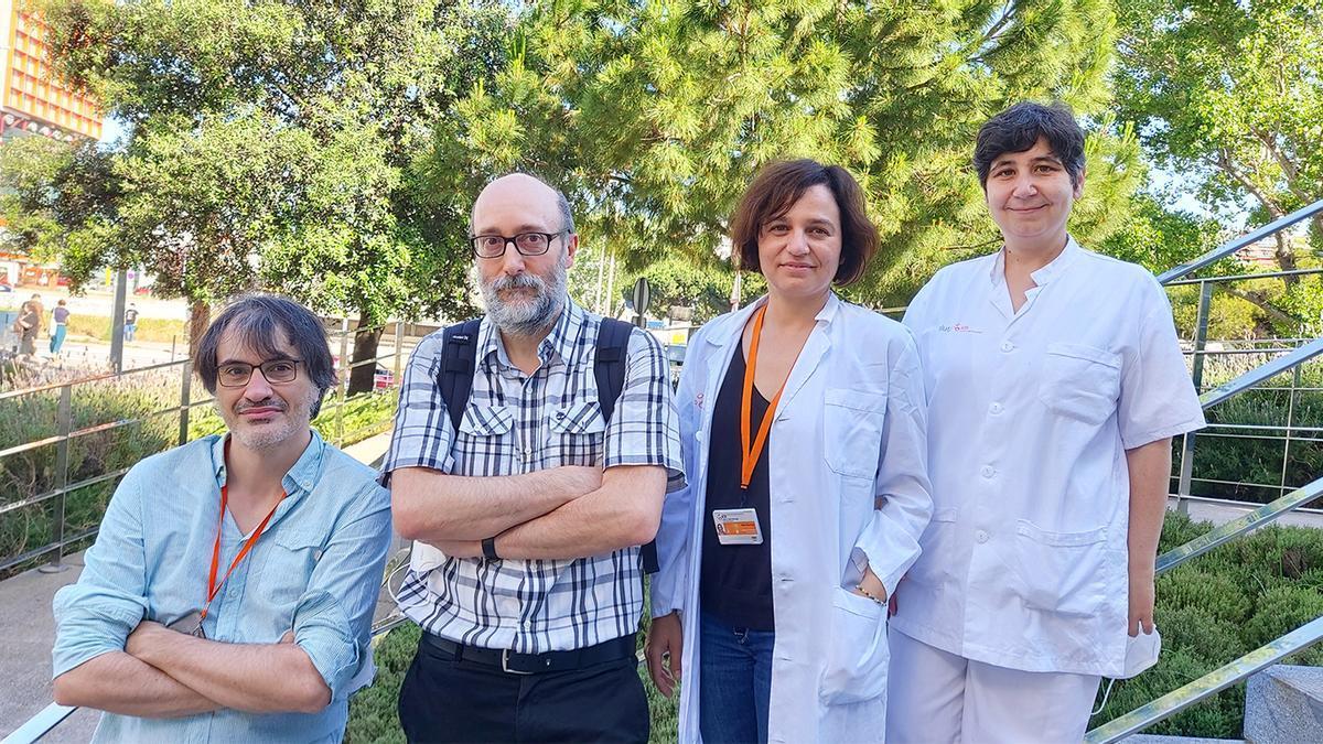 Equip d'investigadors de l'IDIBELL. D'esquerra a dreta Jordi Bruna, Antonio Rodríguez-Fornells, Marta Simó i Àngels Pera. (Horitzontal)