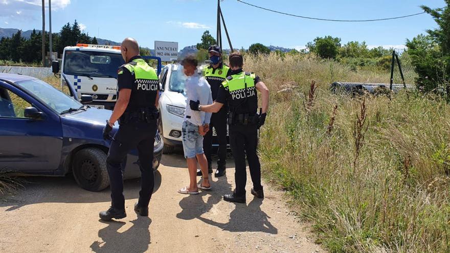 La Policia Local de Roses deté un jove amb haixix, marihuana i cocaïna