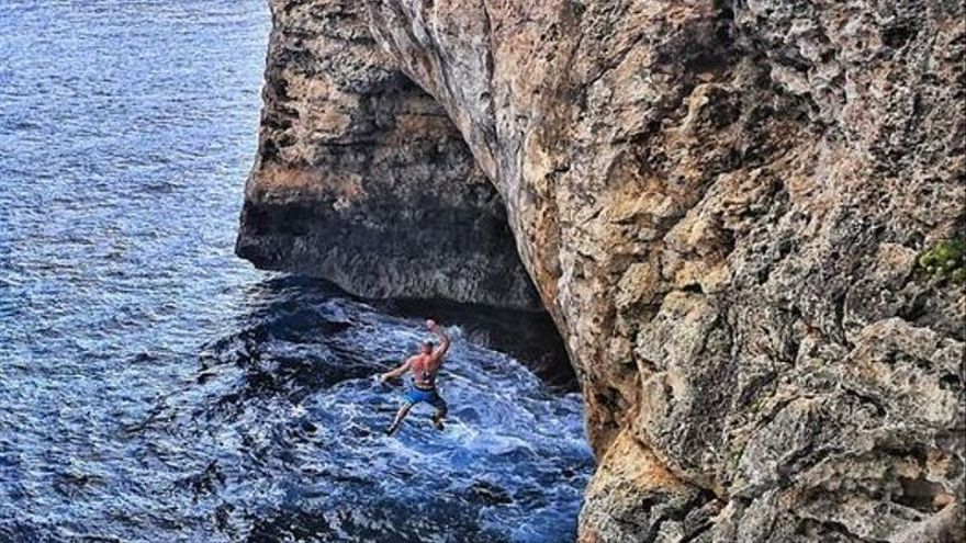 Wie konnte es zu dem tödlichem Kletterunfall an den Klippen von Mallorca kommen?