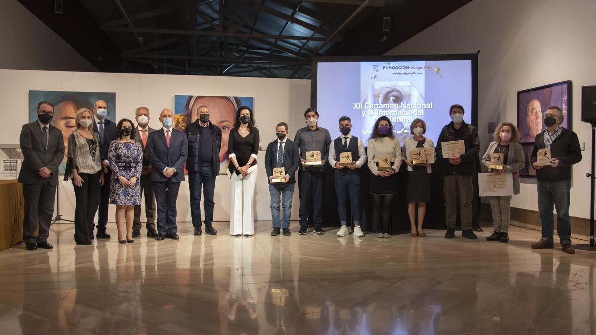 Los ganadores y patrocinadores del certamen