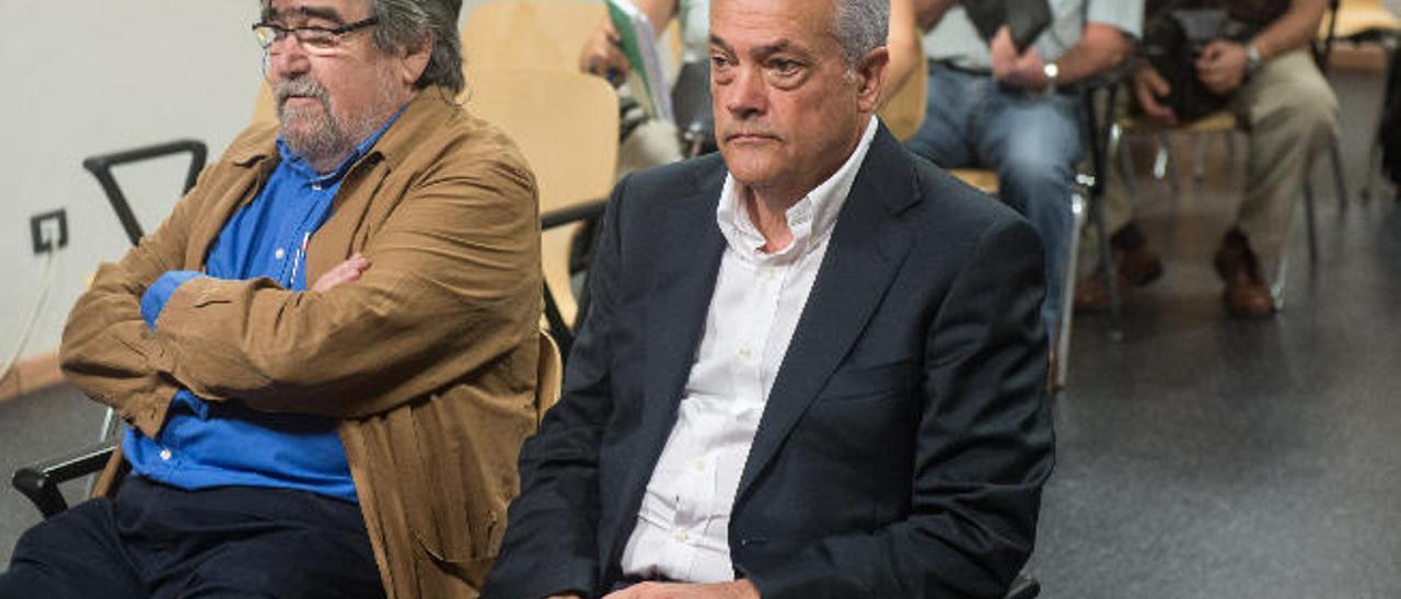 La juez condena a los promotores de La Bufona a tirar las piscinas de 13 chalés