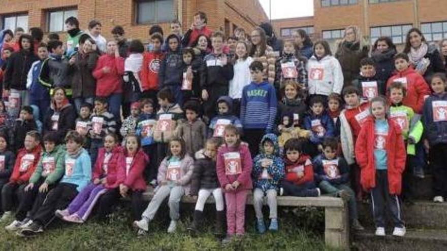 Alumnos del colegio Sansueña de Santibáñez de Vidriales.