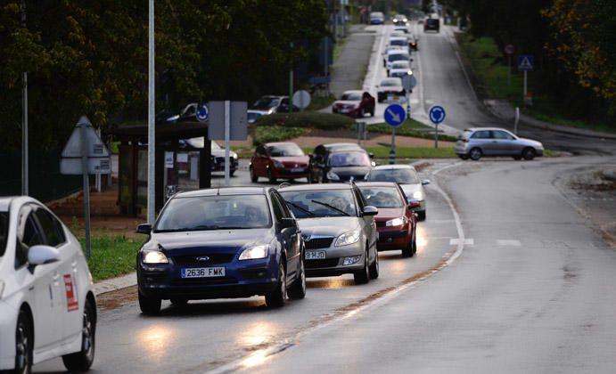 Atasco en Oleiros por un accidente en A Coruña