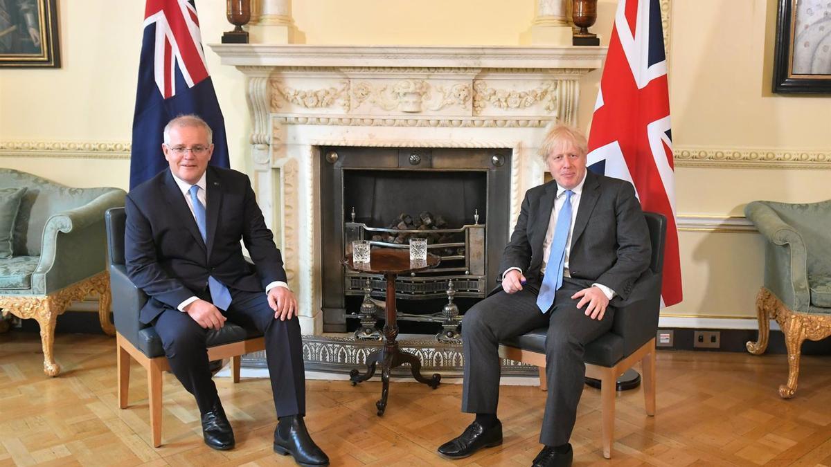 El primer ministro de Reino Unido, Boris Johnson, y el primer ministro de Australia, Scott Morrison.