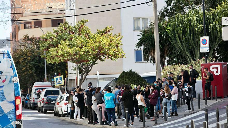 Casi un millar de personas vulnerables de Ibiza aún no han cobrado las ayudas covid del Consell