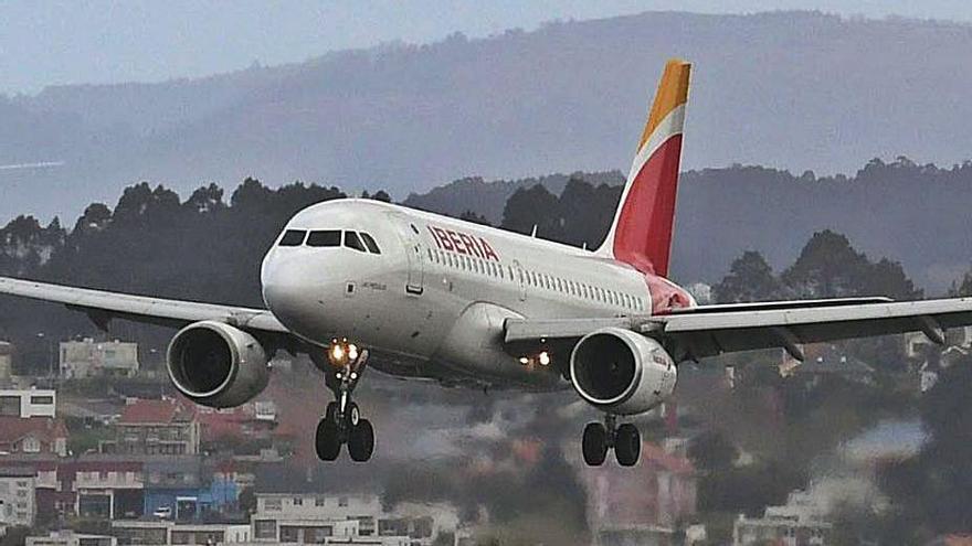 Los aeropuertos gallegos arrancan 2021 con la pérdida de ocho de cada diez pasajeros