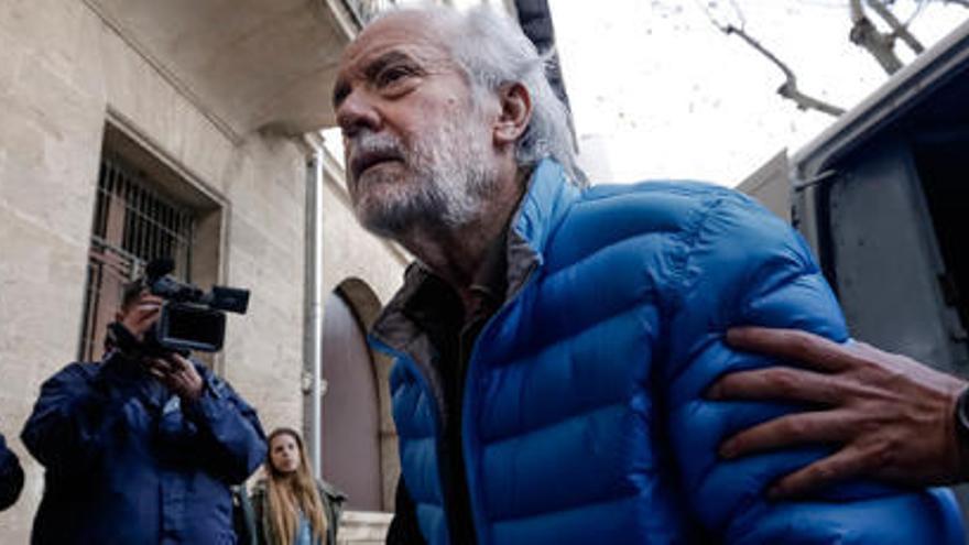Fiscalía pide ocho años y medio de prisión para Cursach por dirigir la trama corrupta