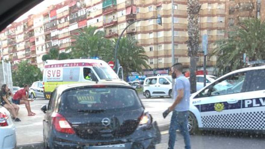 Accidente de tráfico en Camí Nou de Picanya