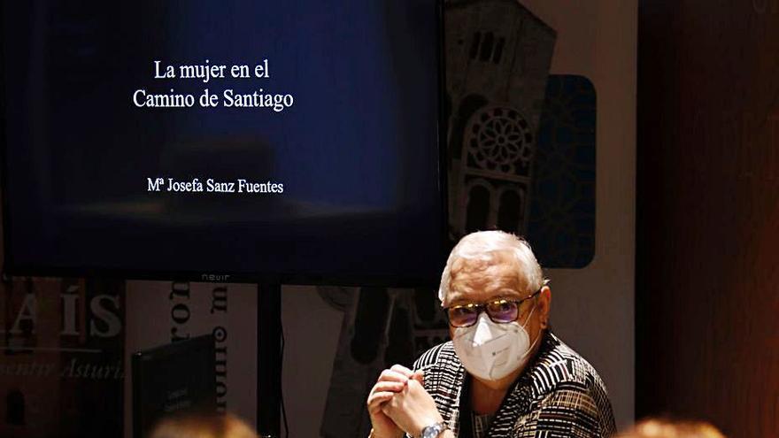 """Josefa Sanz: """"La mujer está presente en toda la historia jacobea, no es marginal"""""""