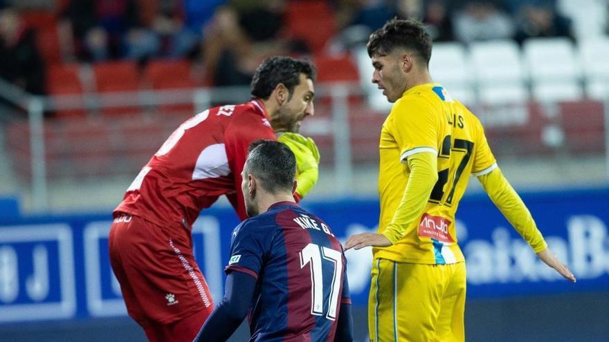 El manresà Lluís López debuta a Primera amb una clara derrota de l'Espanyol