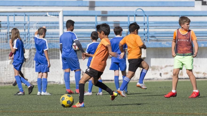La FFCV pide a Sanidad la vuelta del fútbol base y la Regional desde el lunes 15