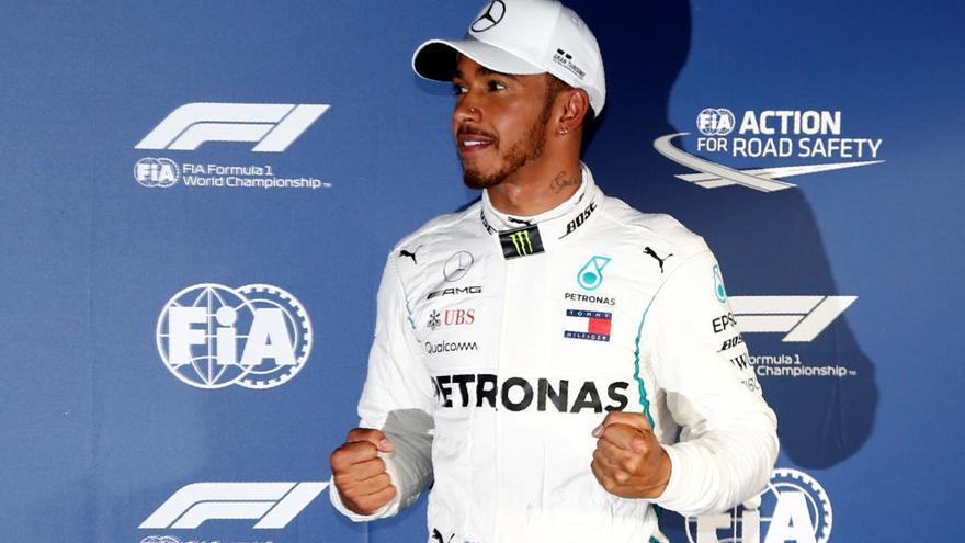 Hamilton obté la pole en la primera cursa de la temporada