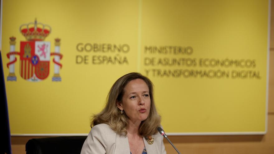 """Calviño sobre la ampliación de El Prat: """"La pelota está en el tejado de la Generalitat"""""""