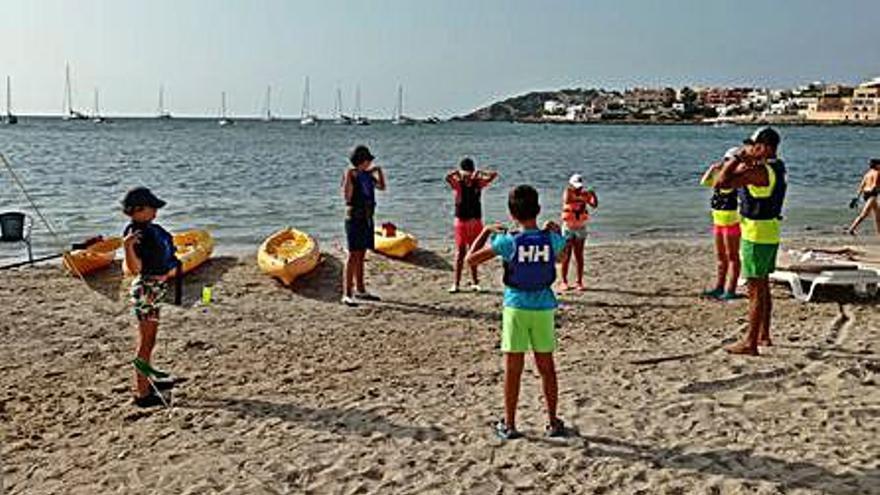 El Club Náutico Ibiza celebra este año el 20º aniversario de su Escuela de Kayak