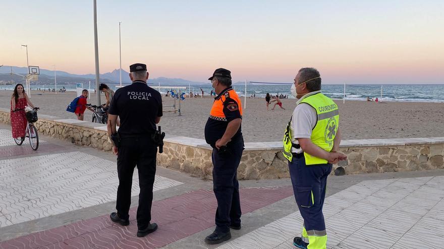 Guardia Civil y Policía Local refuerzan los controles en El Campello en el primer fin de semana completo sin estado de alarma