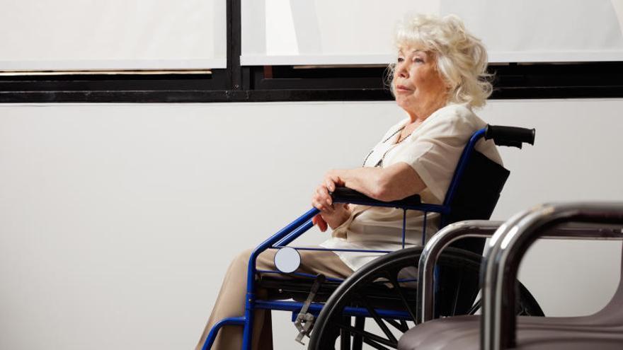 Los dependientes deben esperar una media de 426 días para ser atendidos