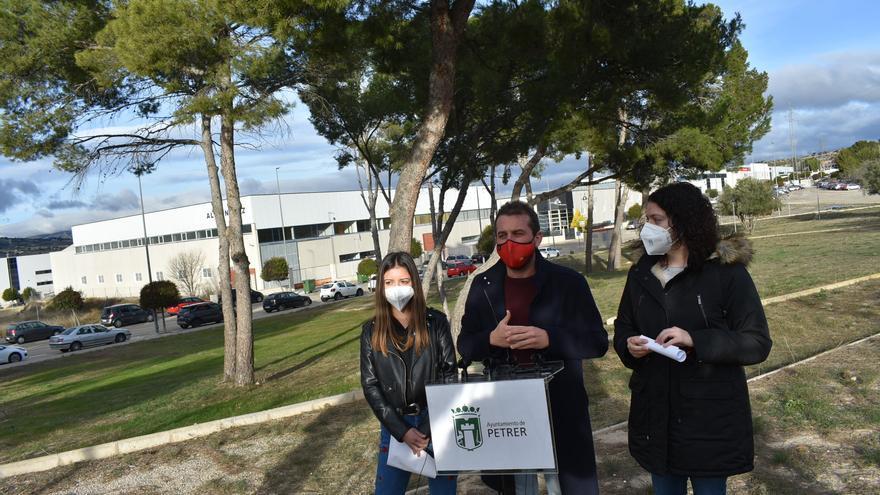 El polígono Les Pedreres de Petrer tendrá una zona de descanso al aire libre para los trabajadores