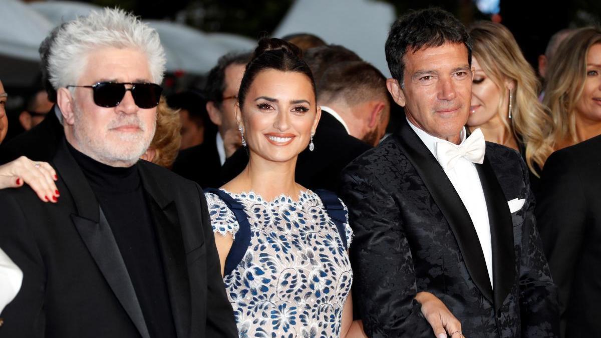 Almodóvar, Cruz y Banderas en el Festival de Cannes en 2019.