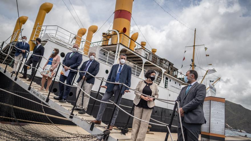 Firma del convenio entre Marina Mercante y la Fundación Correíllo La Palma