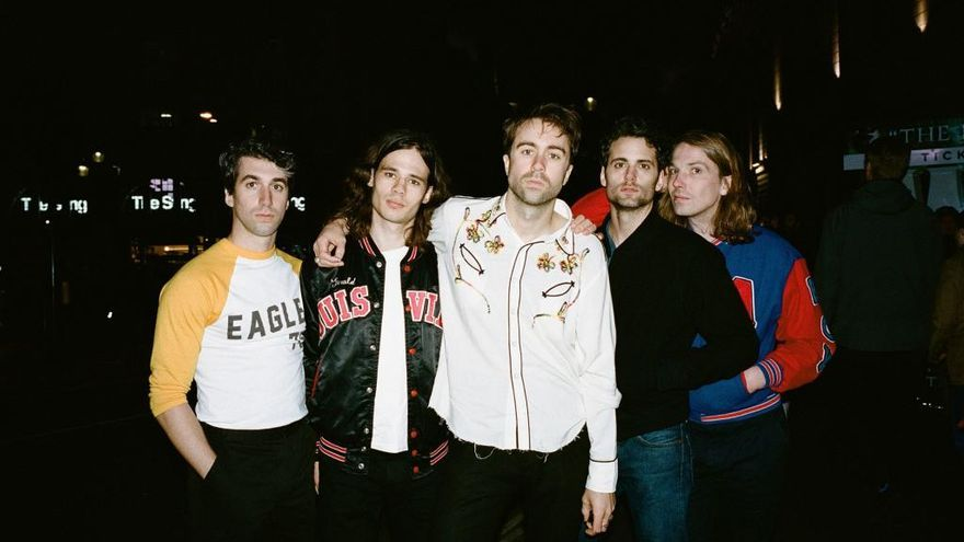 The  Vaccines y Rex the Dog se unen al Low