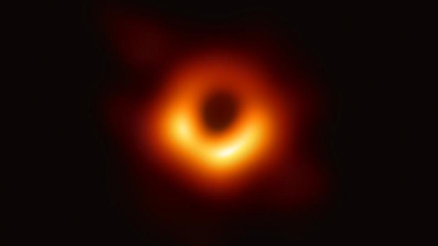 El Premio Nobel de Física 2020 recae en exploradores de agujeros negros