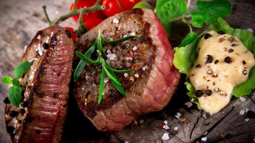 Restaurante Los Pacos, carnes elaboradas a la brasa de leña