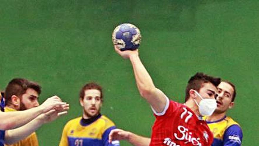 Primera Nacional de balonmano: El Finetwork sigue en la lucha por la cabeza tras golear en Valladolid