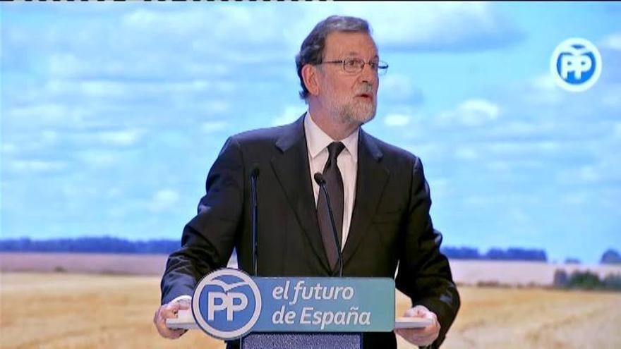 """Rajoy evita sugerir ningún apoyo, defiende su legado y se despide asegurando """"lealtad"""""""