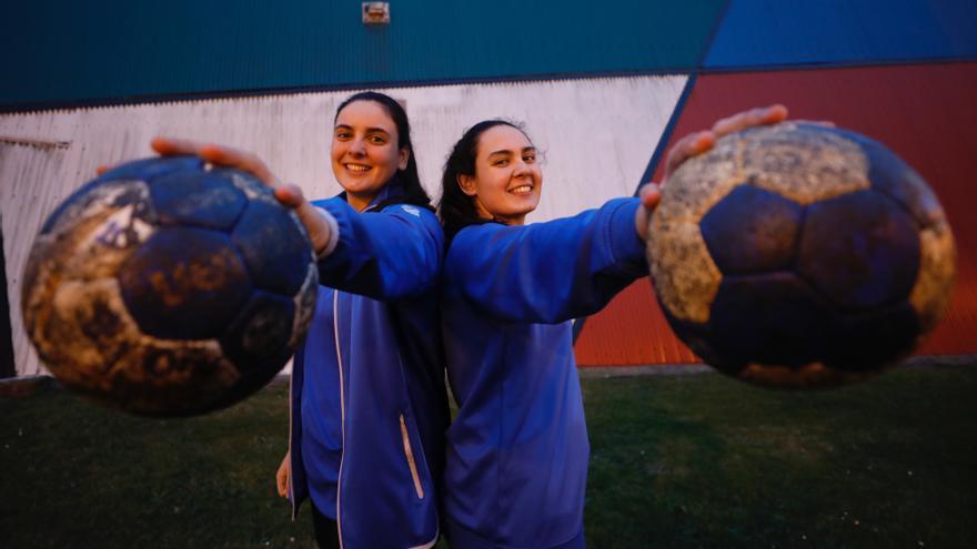 Inés y Julia Suárez: las hermanas del Oviedo Balonmano Femenino que buscan un récord