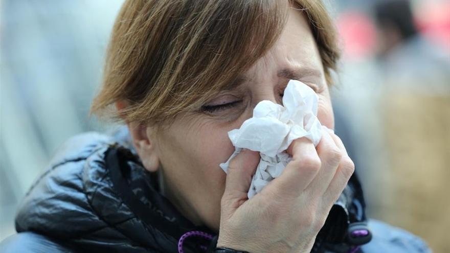 La gripe se hace fuerte y activan los refuerzos