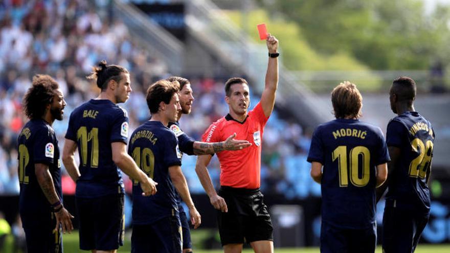 La Federación explica las rojas a Modric y Molina