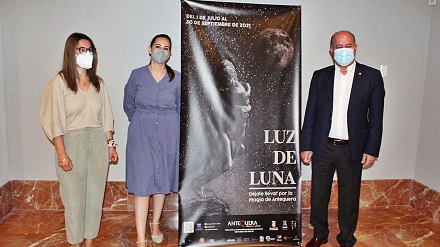 Vuelve el turismo bajo la luz de la luna  en Antequera