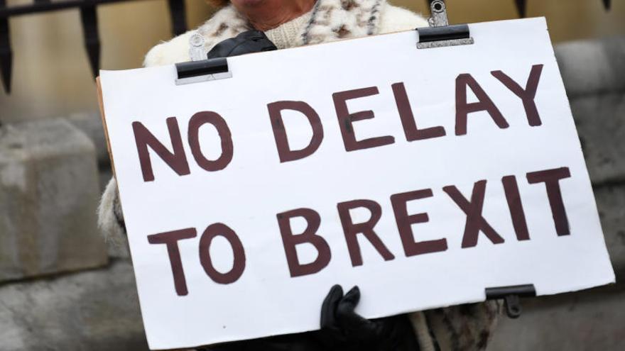 La CE veu «riscos legals greus» si el Brexit es prorroga fins al 30 de juny