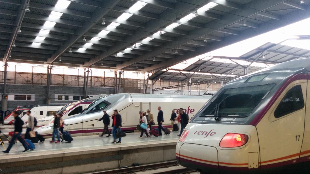 Trenes de Renfe.