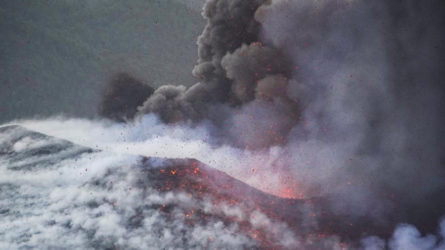 El CES reclama una «respuesta activa» y planes individualizados para los afectados por el volcán de La Palma
