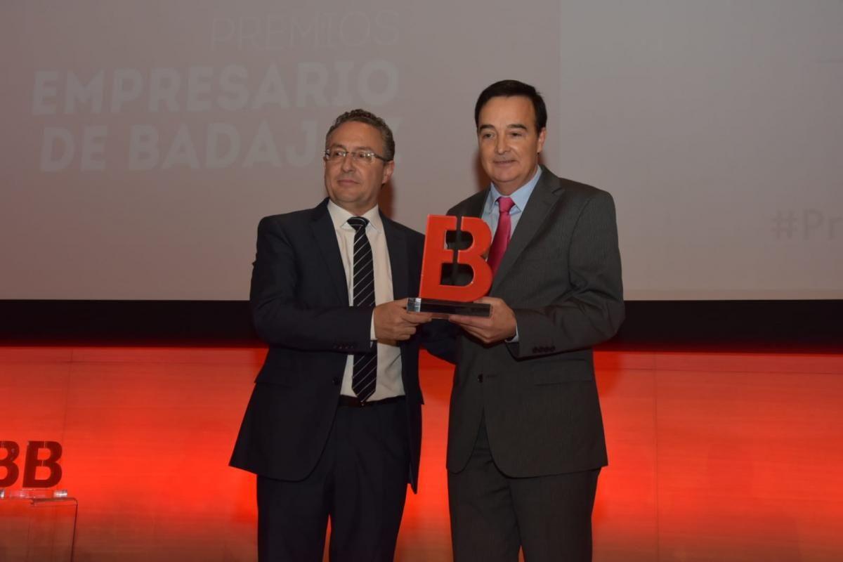 Los momentos de la entrega de los premios Empresario de Badajoz