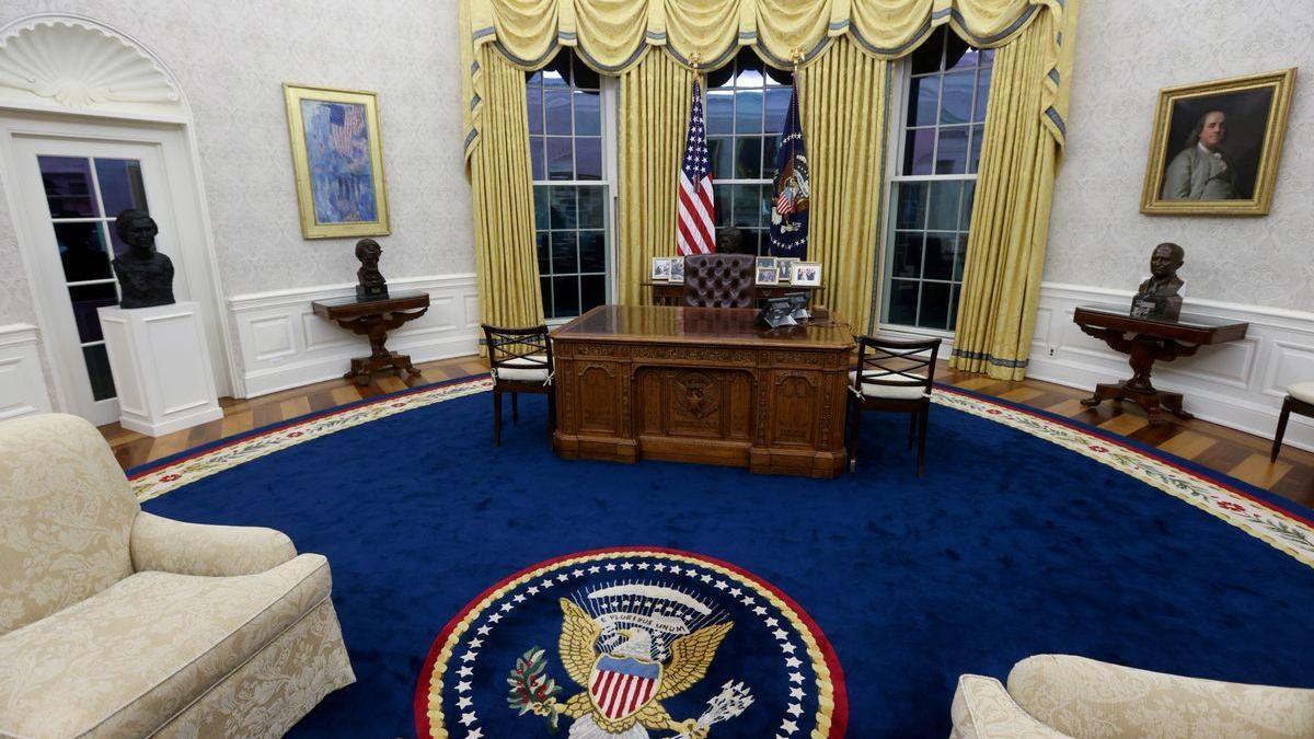 Biden elige símbolos antirracistas y sindicalistas para decorar el Despacho Oval