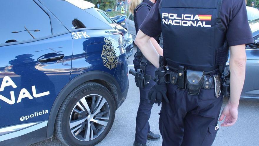 La Policía detiene a un grupo de estafadores cuyo líder está reclamado en Ibiza