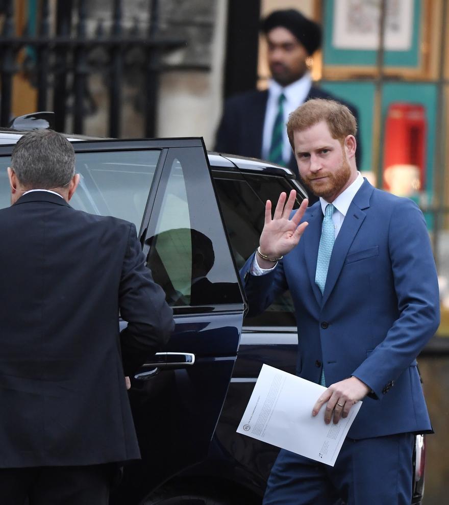 """El príncipe Enrique, sobre ser de la familia real británica: """"Es una mezcla entre 'El show de Truman' y estar en un zoo"""""""