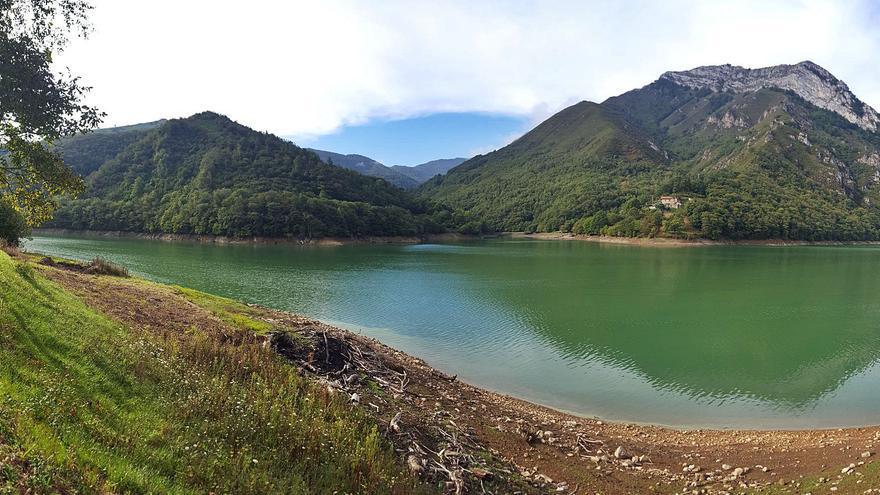 Caso plantea que la Federación de Piragüismo gestione el futuro embarcadero del embalse de Tanes