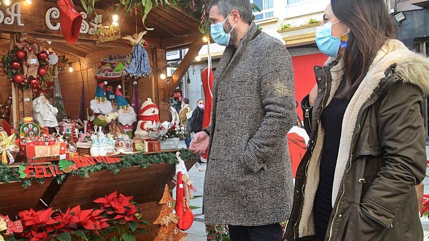 Varela apuesta por convertir en tradición el Mercado de Nadal