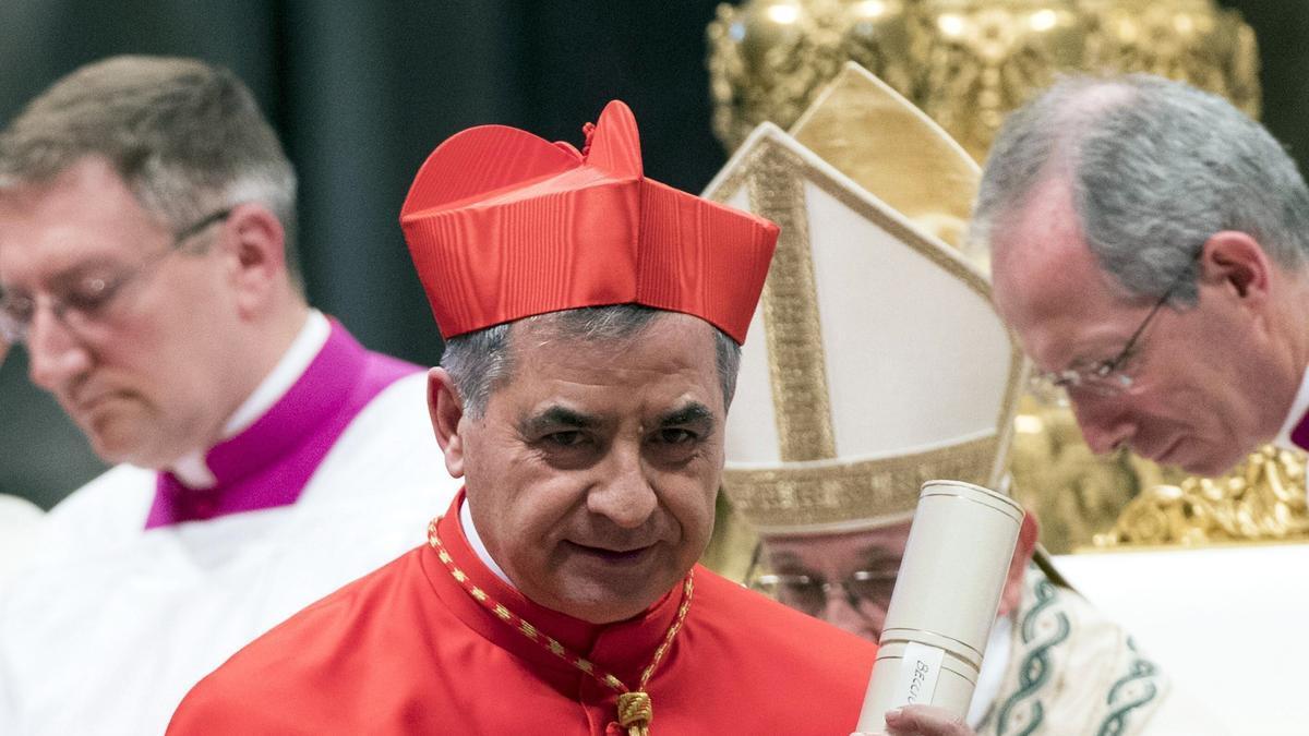 El cardenal Becciu