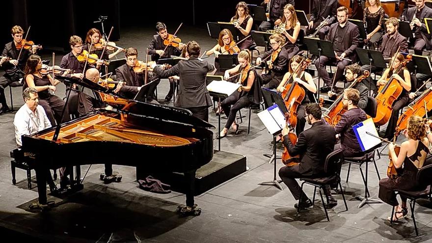 Olivier Charlier amb l'OCM. Integral Bach