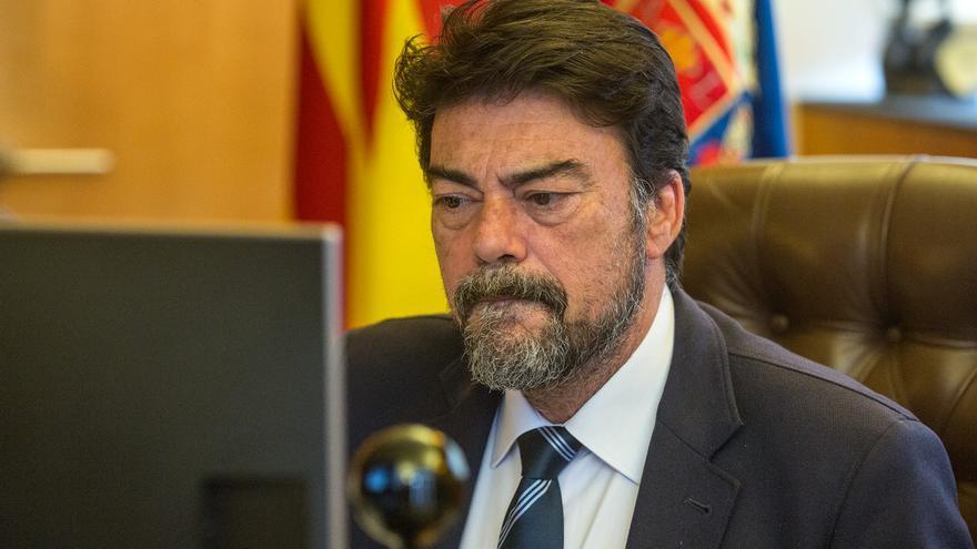 El PSOE pide la reunión de la Comisión Puerto-Ciudad para que Barcala explique el proyecto del centro de congresos