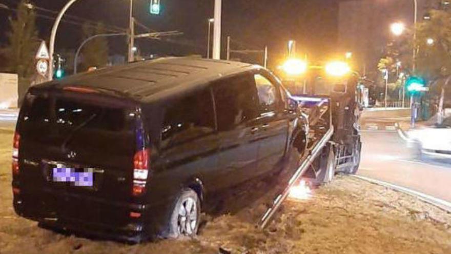 """Un conductor de Cabify, a sus pasajeras antes de empotrarse: """"Este viaje os va a salir gratis"""""""